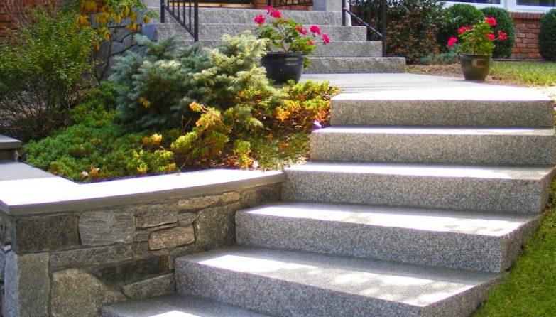 escaleras de piedra barcelona