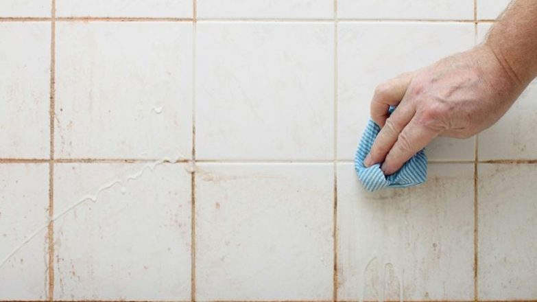 C mo limpiar las juntas de los azulejos del ba o - Limpiar juntas azulejos ennegrecidas ...