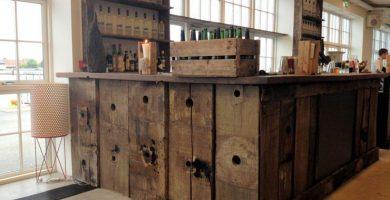 como hacer una barra de bar de madera
